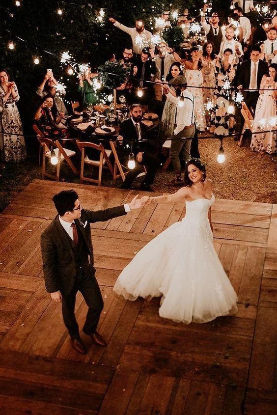 Kiss Wedding Planenr ý Tưởng Cho Ngày Cưới Thú Vị (4)