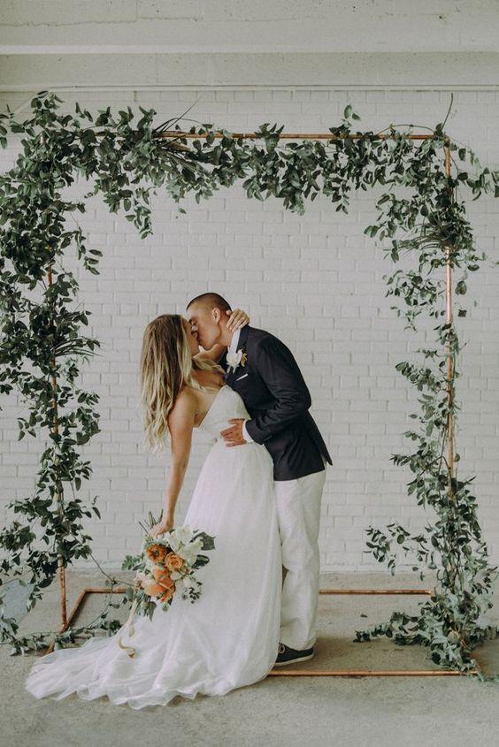 Kiss Wedding Planner ý Tưởng Backdrop Minimalism (12)
